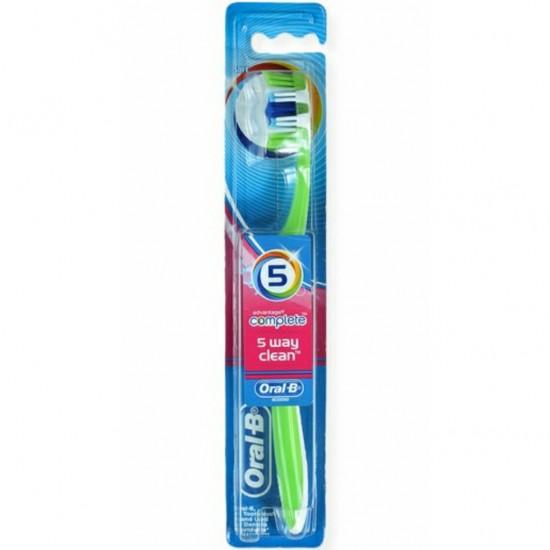 اورال بي - فرشاة أسنان كومبليت 5 مسارات للتنظيف وسط 40 .